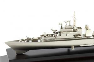 Decoraţiune Navă Amiral Desk2