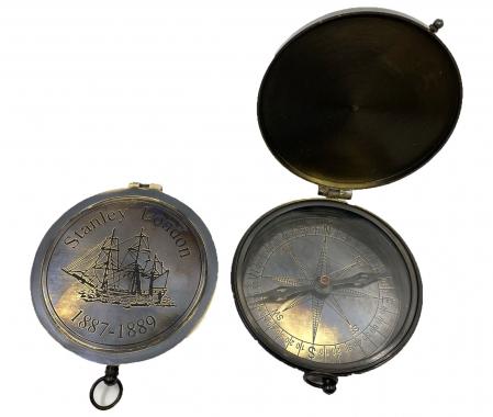 Traveller of the Seas: macheta corabie, luneta functionala, busola alama functionala [3]