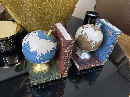 Set 2 suporturi pentru carti Globe [2]