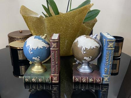 Set 2 suporturi pentru carti Globe [1]