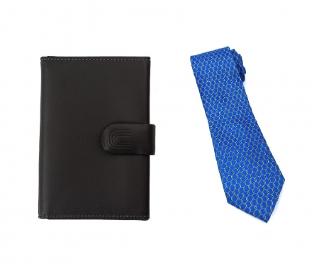 Set Black Gentleman Portcard Ungaro si Cravata matase