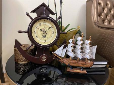 Boatman's Brown Clock Ship [3]