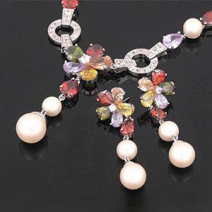 Set Borealy Pearl Colier şi Cercei Flower Garden2