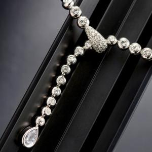 Luxury Hypnotic Set Medalion, Cercei, Brăţară4