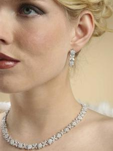 Stylish Lady Set Colier Cercei with Zirconia Simulated Diamonds1