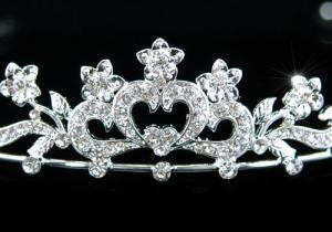 Tiara Borealy Bridal Heart Crystal1