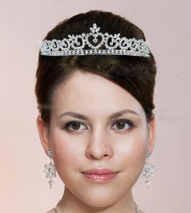 Tiara Borealy Bride0