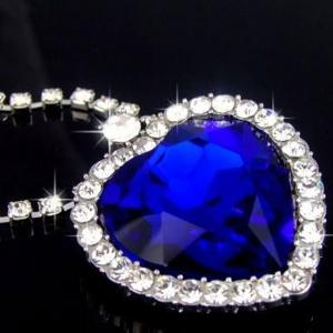 Colier Borealy Sapphire Titanic Heart of the Ocean2