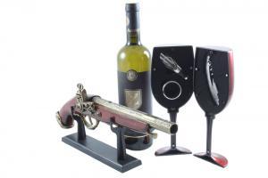 Wine Set & Vintage Gun0