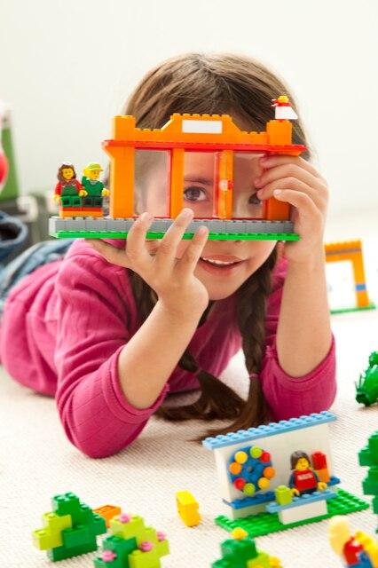 LEGO EDUCATION COMMUNITY STARTER SET [6]