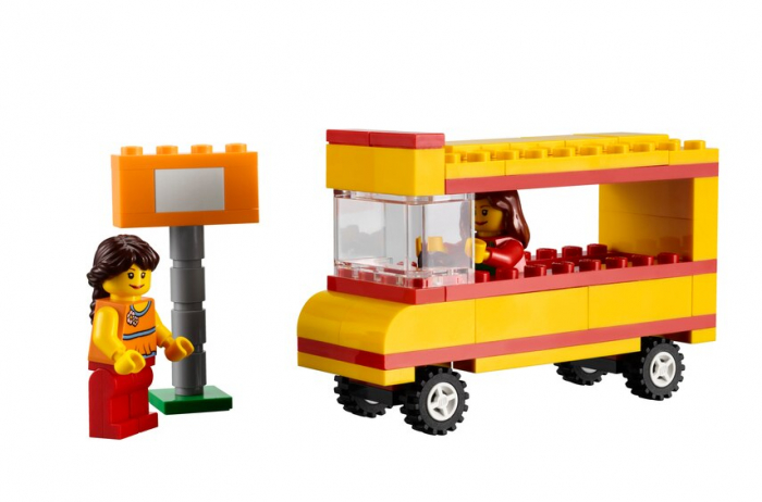 LEGO EDUCATION COMMUNITY STARTER SET [4]