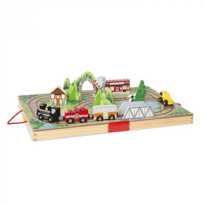 Set de joaca portabil - Trenuletul din lemn 0