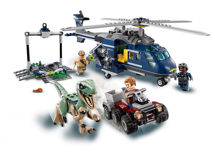 Urmarirea lui Blue - LEGO Jurassic World 75928 6