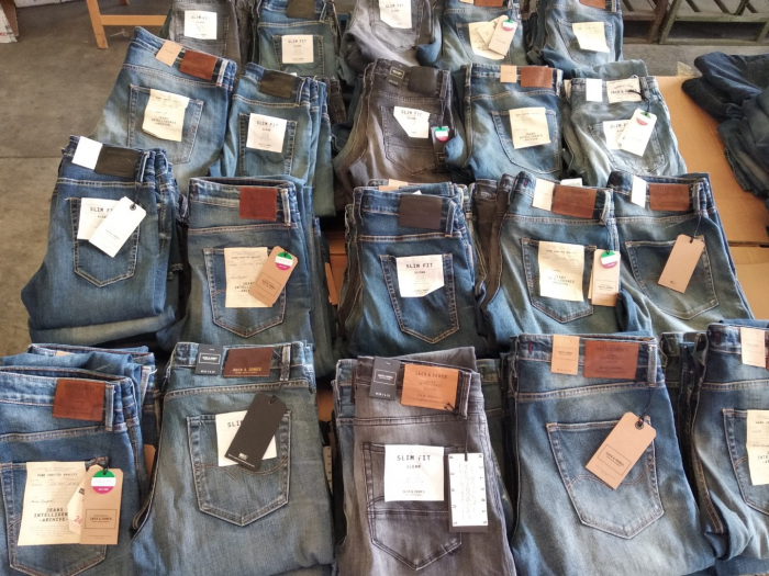 STOCK 50 pcs.jeans mix Jack&Jones 4