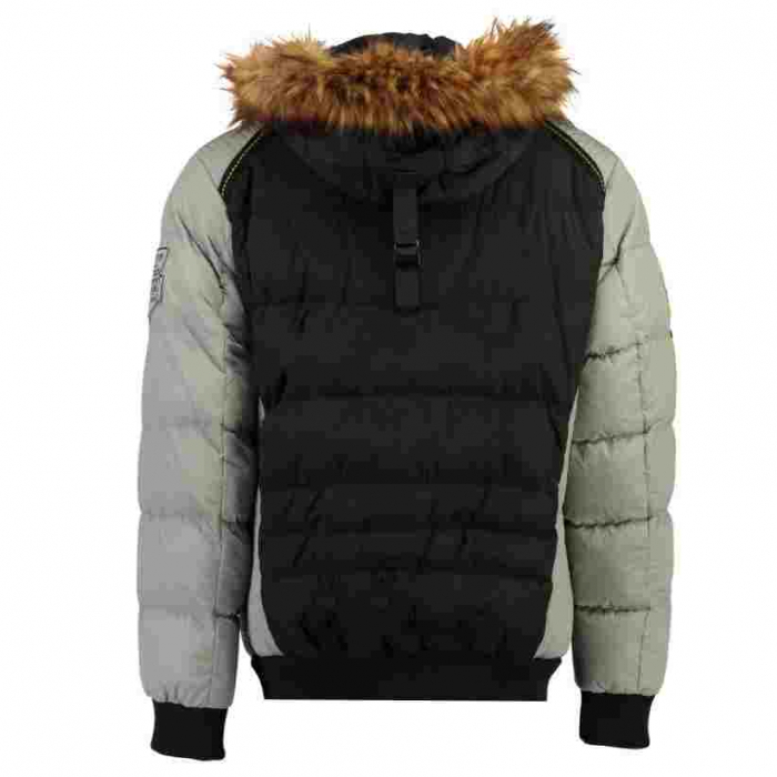 PACK 30 JACKETS CAIMPO MEN 049 1