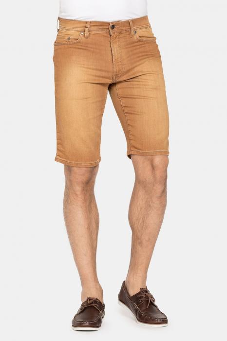 SHORT PASSPORT. Regular waist and leg. 0