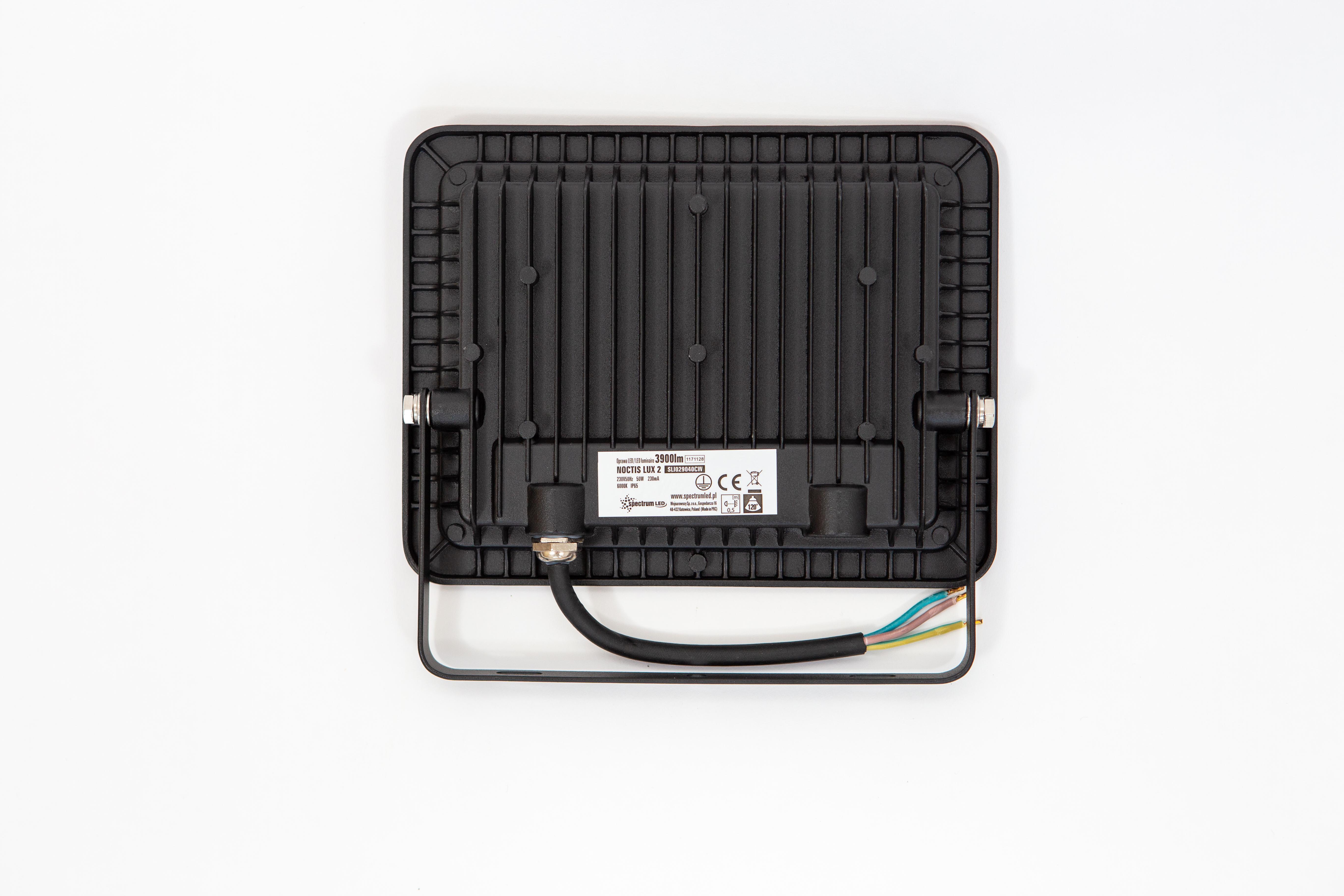 Proiector led 50W, lumina rece (6000 k ), ip 65 , clasa a++,carcasa aluminiu neagra [4]