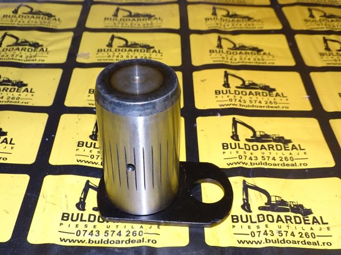 Bolt CAT - 1590960-1014022 0