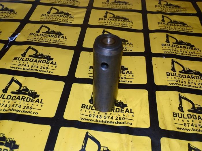 Bolt JCB - 811/90478 2