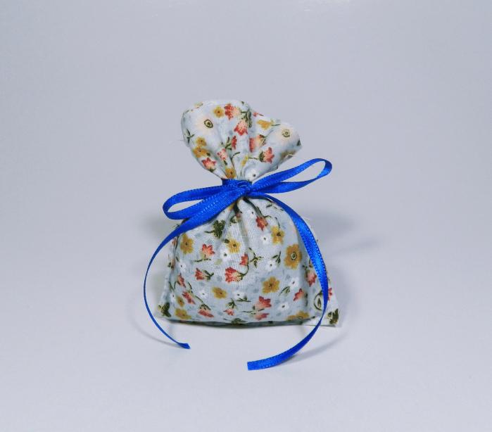 Saculet floral umplut cu flori de lavanda 7 x 9 cm 0
