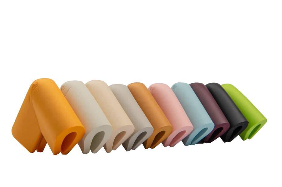 Varietate de culori pentru coltarele de protectie in forma U
