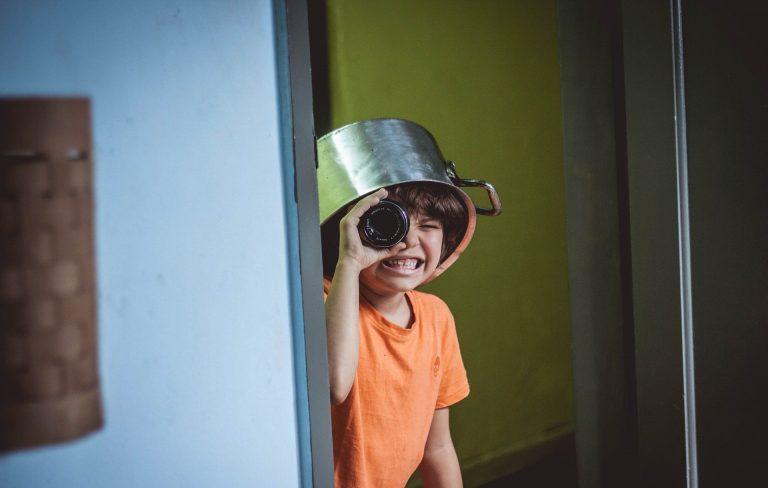 Izolare la domiciliu - Ce ne facem cu copiii?