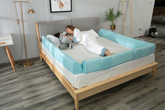 Somn linistit cu aparatoare de pat