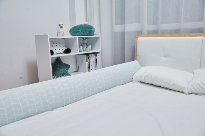 RESIGILATA, Aparatoare pat copii 180 cm - spuma cu memorie, Diverse culori imagine