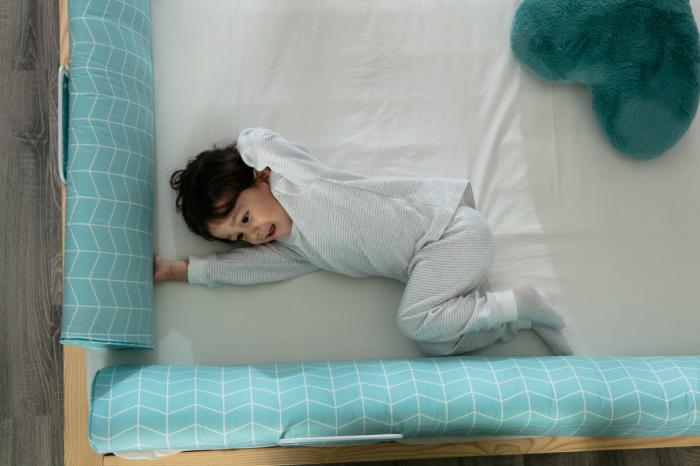 Aparatoare pat copii 180 cm - spuma cu memorie 7