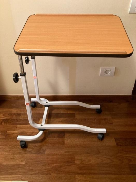 Masa pentru servit la pat, multifunctionala, reglabila, cu roti, 54 x 40 cm [5]