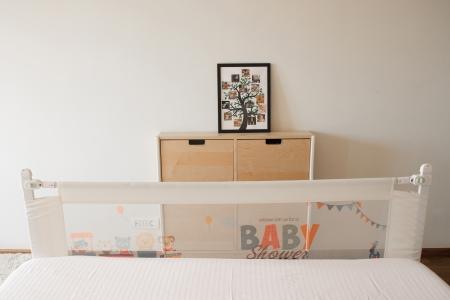 RESIGILATA, Bariera protectie pe lungimea patului cu inaltimea ajustabila, diverse dimensiuni0