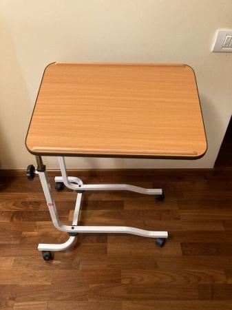Masa pentru servit la pat, multifunctionala, reglabila, cu roti, 54 x 40 cm [4]