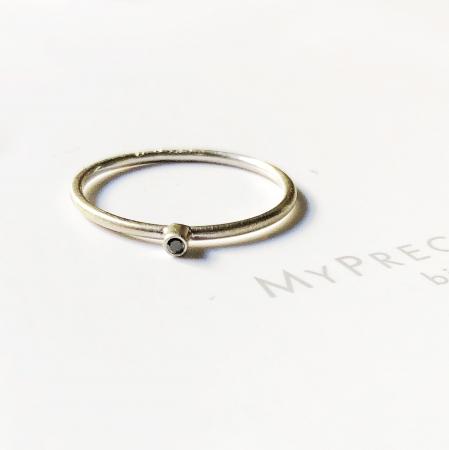 Inel Fire din poveste cu diamant natural negru 1,3 mm - aur 14k6
