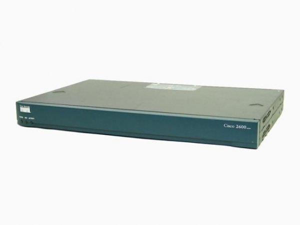 Router CISCO 2610XM 1 x Fast Ethernet, 1 x NM, 2 x WIC, incomplet 0