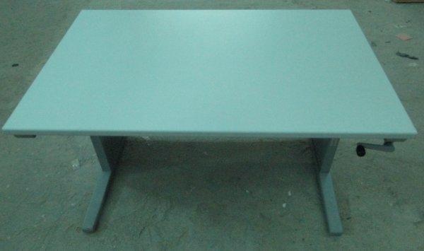 Birou reglabil pe inaltime cu manivela, culoare gri, 1.2 m x 0.8 m 0