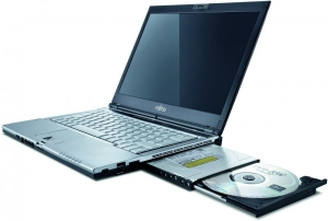 "Laptop Fujitsu Siemens Lifebook S6420 Intel Core 2 Duo P8400 2.26 Ghz, 2 GB DDR3, 80 GB HDD, DVD-Rw, Wi-Fi, Card Reader, Web Cam, Display 13.3"" 1280 x 800, Win 7 1"