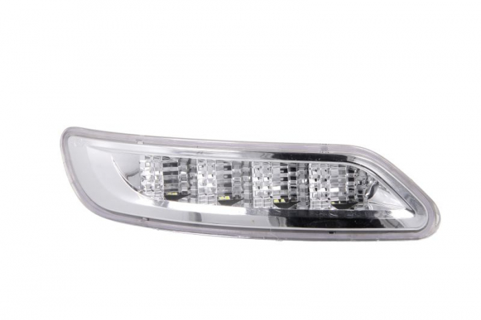 Lumini marcaj dreapta, alb, LED, put-in, 24V pe acoperis IVECO STRALIS dupa 2012 0