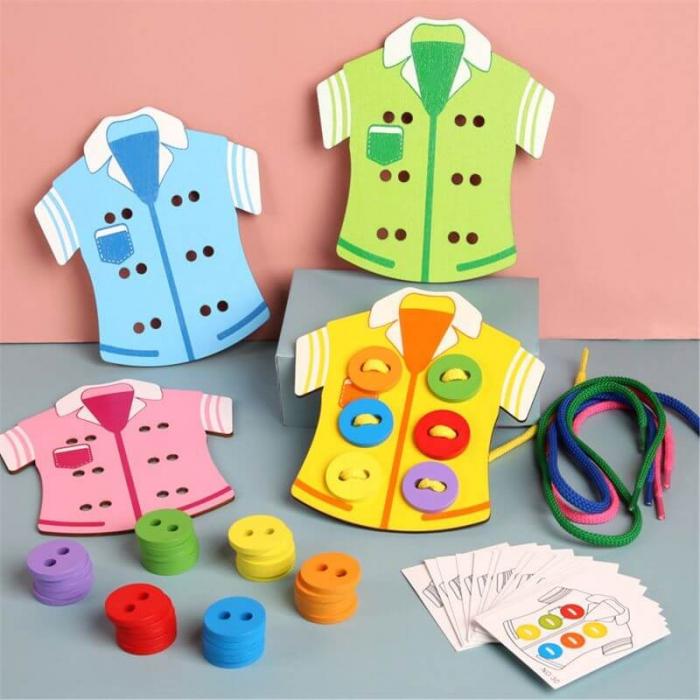 Joc Montessori din lemn Coase nasturii pe camasa [3]
