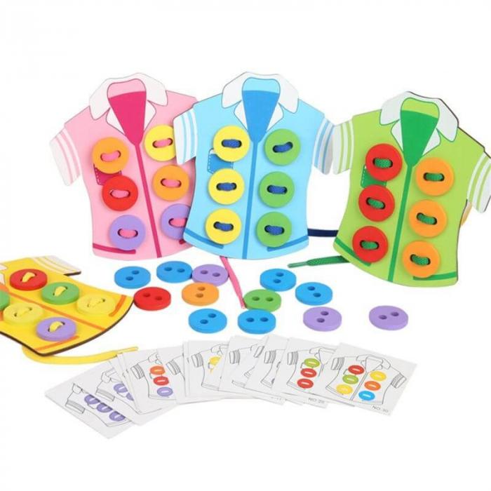 Joc Montessori din lemn Coase nasturii pe camasa [1]