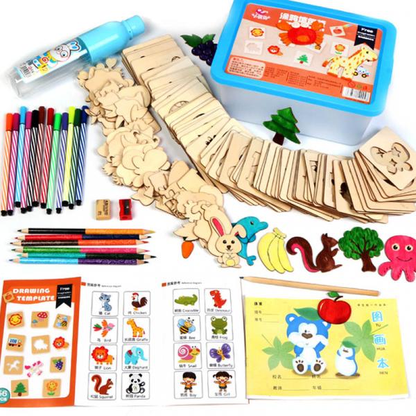 Kit complet pentru desen cu 56 sabloane din lemn si accesorii 0