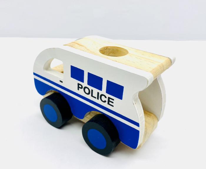 Masina de politie din lemn 1