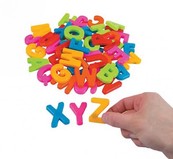 26 Litere de tipar Magnetice Mari din Plastic . 1