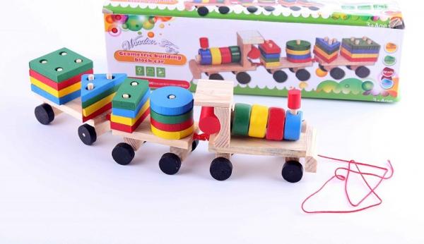 Trenulet din lemn cu forme geometrice Wooden Toys [0]