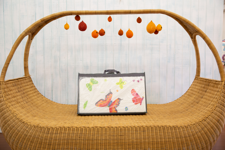 Saltea Sobble Butterfly World, pliabila, 1.4m, 100% sigura, eco-friendly, Multicolor 3