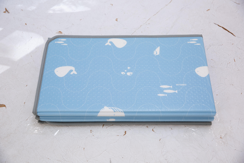 Saltea Sobble Whales World, pliabila, 1.4m, 100% sigura, eco-friendly, Albastru/Alb 5