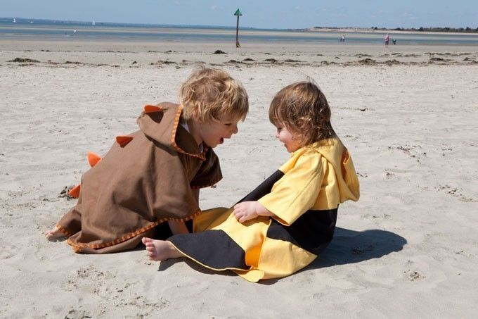 Poncho pentru plaja UPF 50+ Buburuza - Littlelife 2