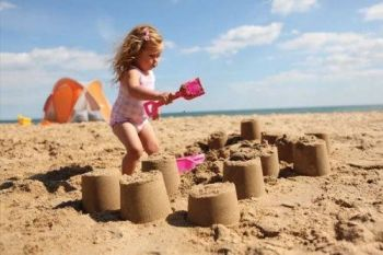 Cort pentru plaja compact UV 50 - LittleLife2