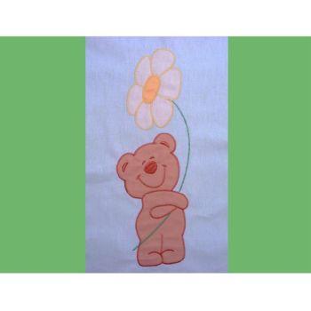 Lenjerie patut cu broderie Hubners Ursuletul Florar 4 piese verde1
