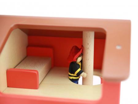 Statie de pompieri de jucarie, din lemn, +3 ani, Masterkidz, pentru gradinite6
