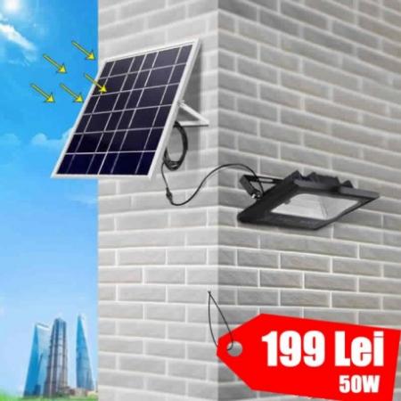 Proiector LED SMD 50W cu incarcare solara (panou)0